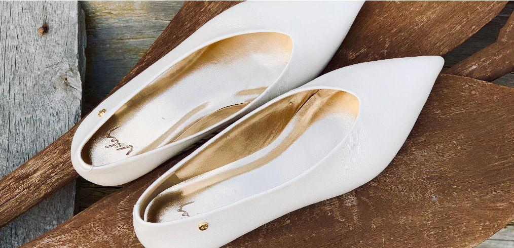 Los mejores zapatos en cuero para hombre y para mujer los encuentras en la Tienda Online de Vélez