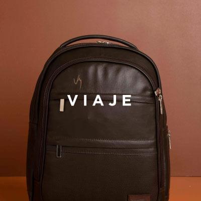 Encuentra en Vélez maletas, bolsos, manos libres en Cuero para que viajes a donde quieras llevando lo mejor de la moda en Cuero