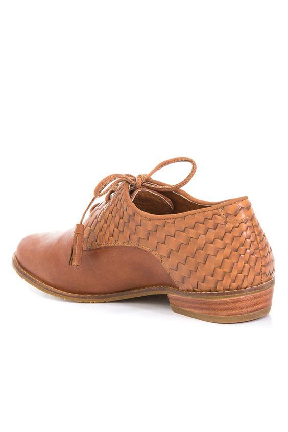 85648db3b0 Zapatos Helvet de cuero con cordón para mujer| Con cordones | Vélez ...