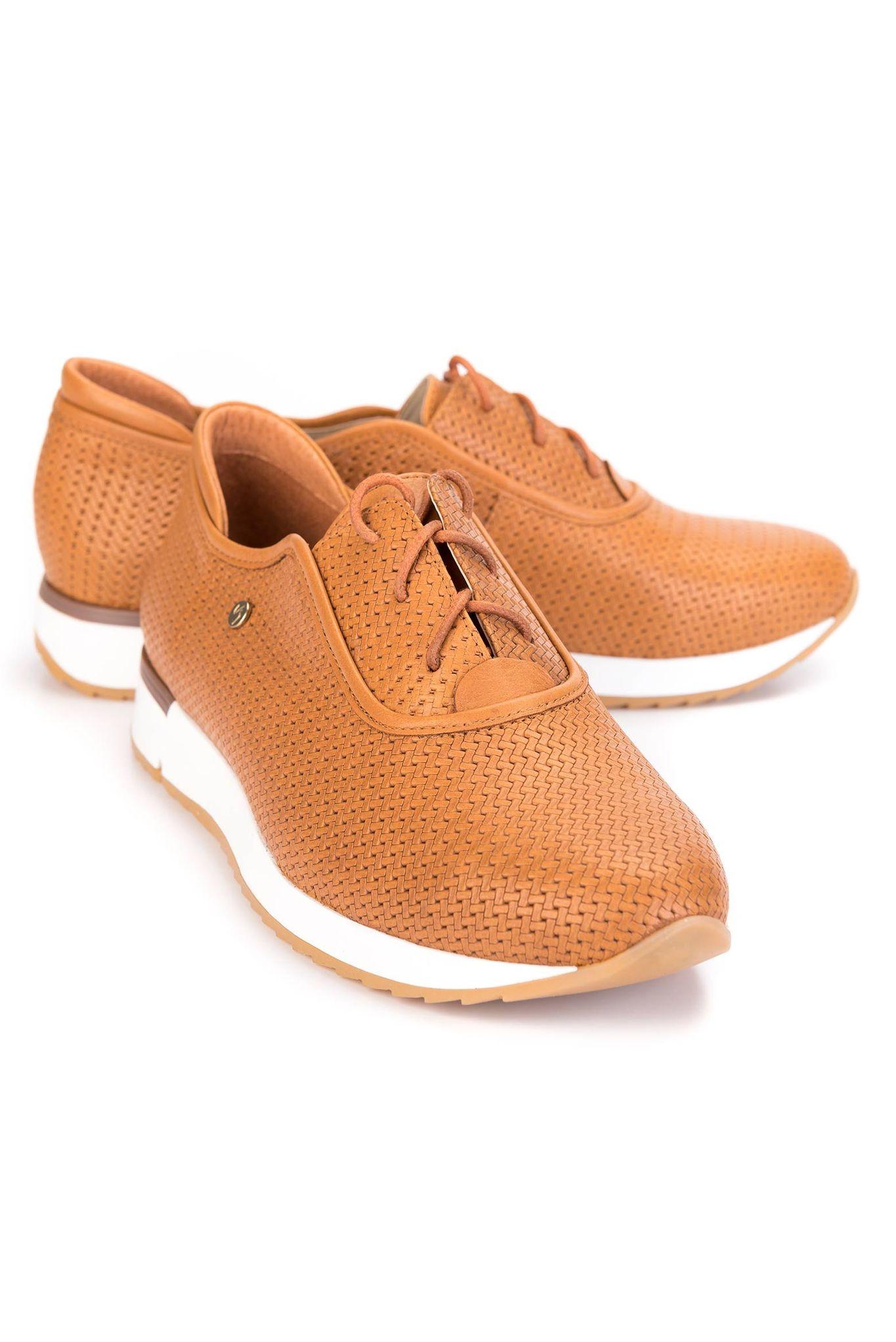 c4130be4 Zapatos Adonis de cuero con cordón para mujer 21166   Con cordones ...