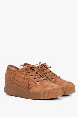 Zapatos-con-cordones-para-mujer
